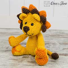 Logan the lion amigurumi pattern by One and Two Company