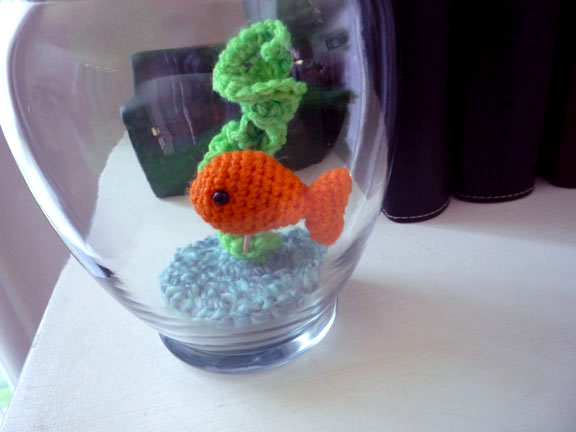 Simple Fish - Free amigurumi pattern