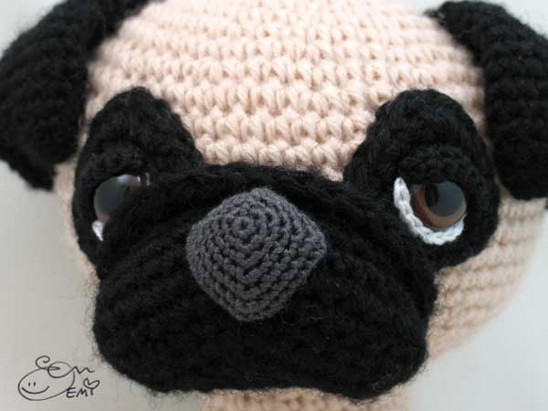 Sleepy-eyed pug amigurumi pattern - Amigurumipatterns.net