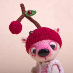 Cherry the Miniature Bear  amigurumi by Ds_mouse