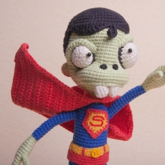 Zombie Superman amigurumi by Ds_mouse