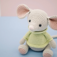 Albert the Mouse amigurumi by LittleAquaGirl