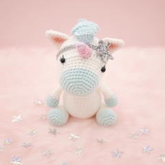 Aurora the Unicorn amigurumi by LittleAquaGirl