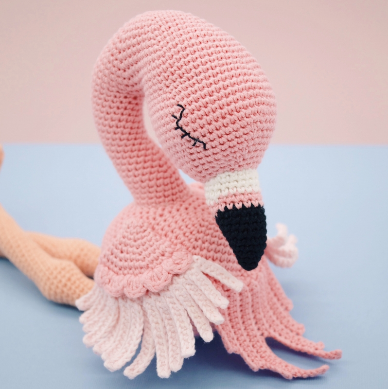 flo the flamingo amigurumi pattern   amigurumipatterns