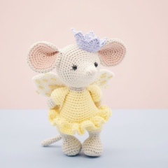 Lucy the Fairy Mouse amigurumi by LittleAquaGirl