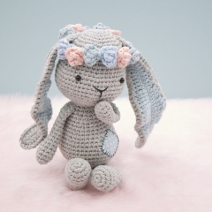 Matilda the Bunny amigurumi pattern by LittleAquaGirl
