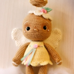 Vintage Gingerbread Angel Doll amigurumi pattern by Elfin Thread
