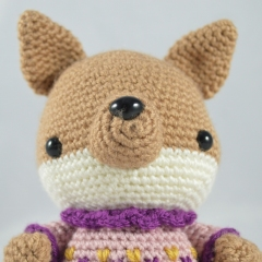Phoebe the Fox amigurumi pattern by YOUnique crafts