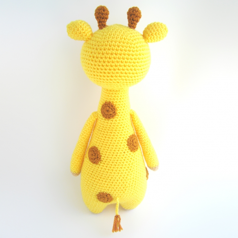 Tall giraffe with spots amigurumi pattern ...