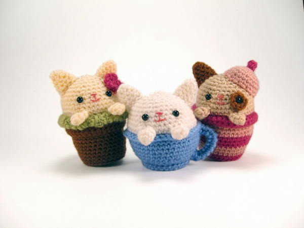 Amigurumi Cats And Friends Pattern : Cozy Cat Trio amigurumi pattern - Amigurumipatterns.net