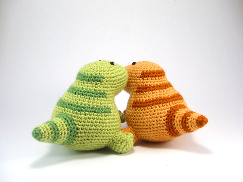Lou the T-Rex amigurumi pattern - Amigurumipatterns.net