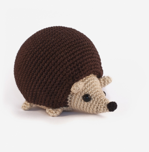 Cute Hedgehog amigurumi pattern - Amigurumipatterns.net