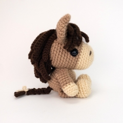 Henry the Horse amigurumi by Theresas Crochet Shop