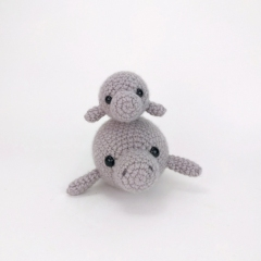 Mama and Baby Manatee amigurumi pattern by Theresas Crochet Shop