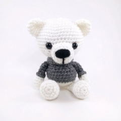 Polar Bear Brothers amigurumi pattern by Theresas Crochet Shop
