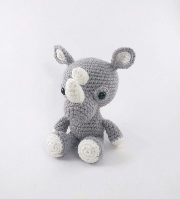 Robbie the Rhino amigurumi pattern - Amigurumipatterns.net