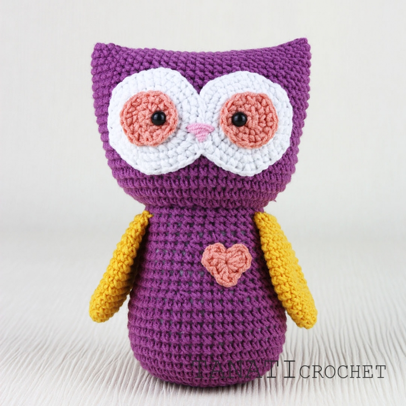 Free crochet pattern: Small amigurumi owls | 800x800