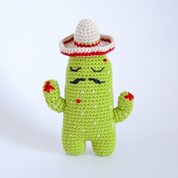 Ravelry: Mini Tall Crochet Cactus pattern by Zoe Bartley | 600x600