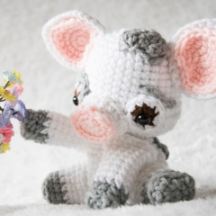 Pua Piglet amigurumi pattern by Sweet N' Cute Creations