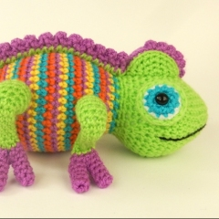 Camelia the Chameleon amigurumi by Janine Holmes at Moji-Moji Design