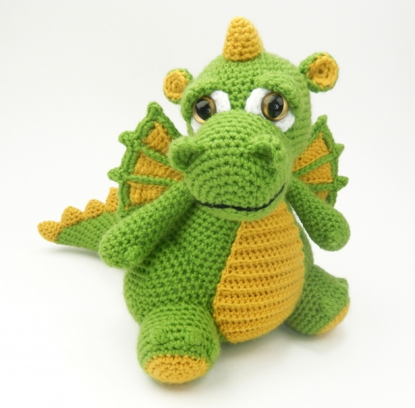 Amigurumi Patterns.net: Amigurumi Design Contest | Made by Ceeke | 591x600