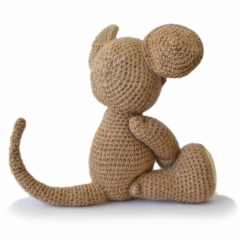 Basil the Mouse amigurumi by Patchwork Moose (Kate E Hancock)