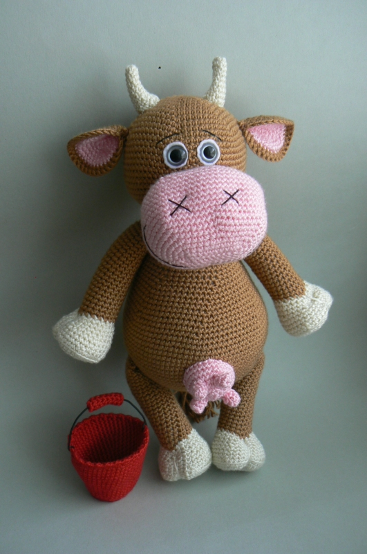 Jane the Cow amigurumi pattern - Amigurumipatterns.net