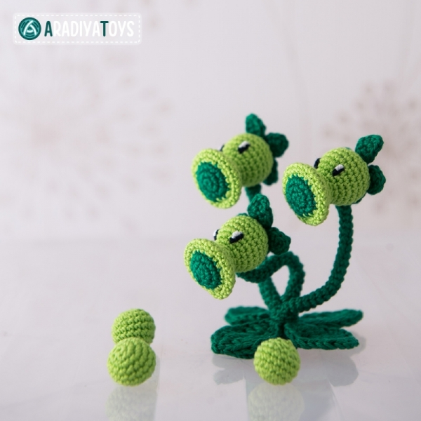 Peashooter and Snow Pea (plants vs zombies) amigurumi pattern by ... | 600x600