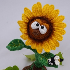 Sonny the Sunflower amigurumi by IlDikko