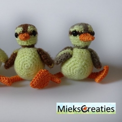 Downy Duckling amigurumi pattern by MieksCreaties