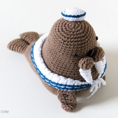 Caterino the sailor walrus amigurumi by airali design