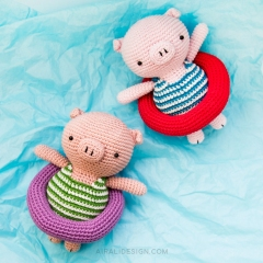 Piglet on holiday amigurumi pattern by airali design