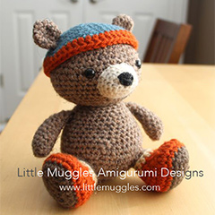 Bernie Bear amigurumi by Little Muggles