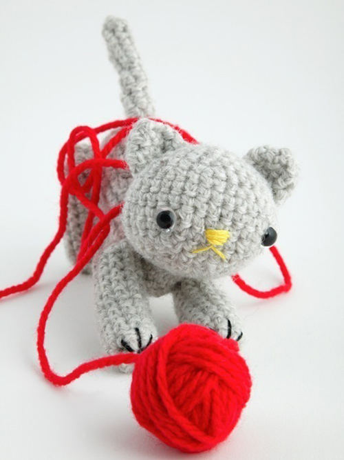 Free Little Kitty Cat Amigurumi Crochet Pattern And Tutorial : Amigurumipatterns.net - Get wonderful amigurumi patterns!