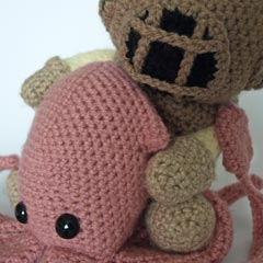 Deep Sea Diver and Squid amigurumi pattern by Maffers Toys