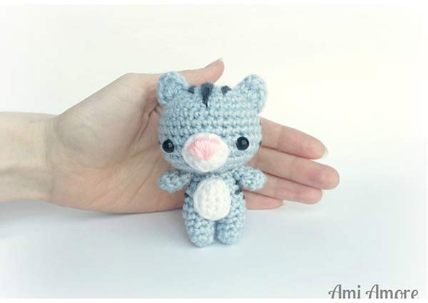 Amigurumi Kitten Patterns : Evie the kitten amigurumi pattern amigurumipatterns