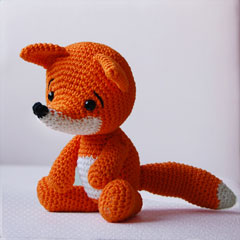 Lisa the Fox amigurumi crochet pattern by Pepika