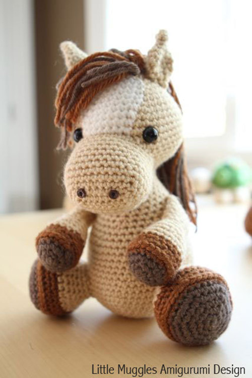 Crochet Pattern Free Horse : Lucky the horse amigurumi pattern - Amigurumipatterns.net