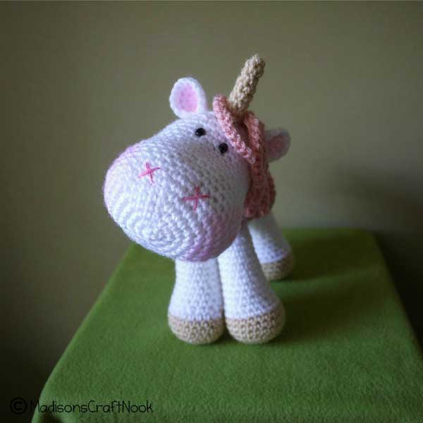 Tutorial Amigurumi Unicorno : Luna the unicorn amigurumi pattern - Amigurumipatterns.net