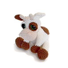 Mable the Cow amigurumi pattern by Patchwork Moose (Kate E Hancock)