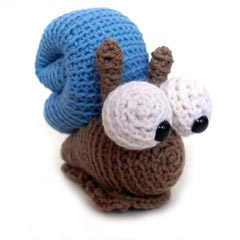 Martin the Snail amigurumi crochet pattern by FreshStitches