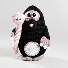 Max and Pippa amigurumi pattern by Woolytoons