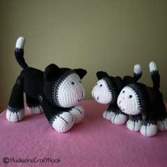 Mittens and kittens amigurumi pattern by Janice Cyr / madisonscraftnook
