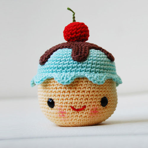 Mr. Coffee and Miss Cupcake amigurumi pattern ...