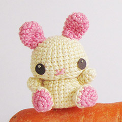 Pea Bunny amigurumi pattern by Sweet N' Cute Creations