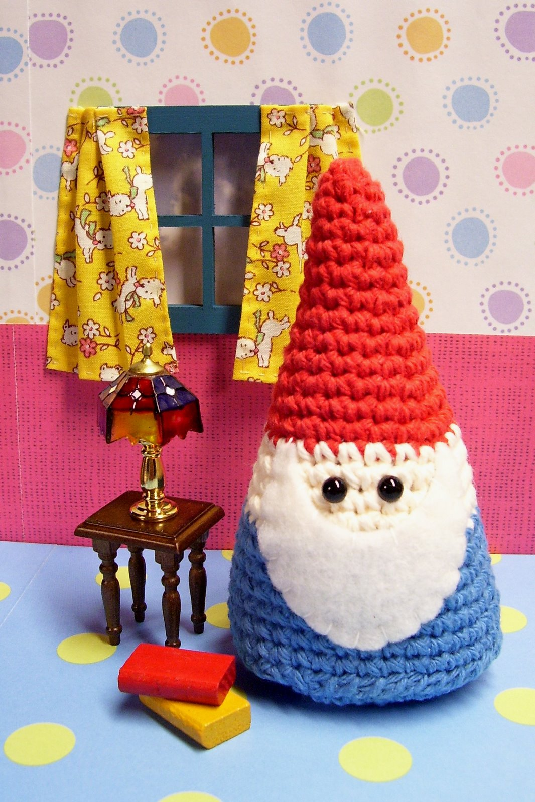 Simple Gnome - Free amigurumi pattern