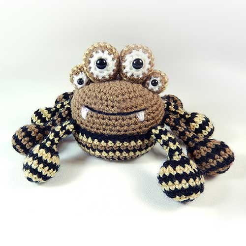 Crochet Amigurumi Spider : Spencer the spider amigurumi pattern - Amigurumipatterns.net