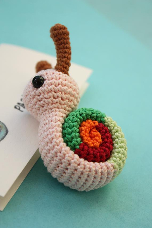 Tiny amigurumi, all made from the same (free!) pattern. Site is in ... | 750x500