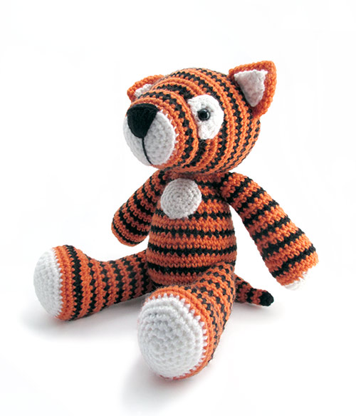 2000 Free Amigurumi Patterns: Big Tiger - free Amigurumi crochet ... | 584x500