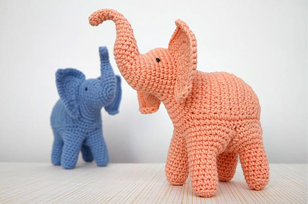 Crochet Elephant Pattern : ... .net > patterns > StuffTheBodys patterns > Trunk-Up Elephant